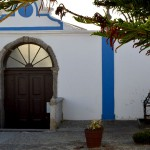 Igreja de Nossa Senhora dos Remédios Peniche Porta e escada GoPeniche