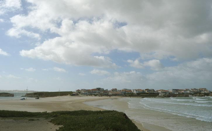 As deslumbrantes praias de Peniche PRAIA DA CONSOLAÇÃO