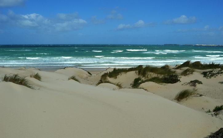 As deslumbrantes praias de Peniche PRAIA DO BALEAL SUL
