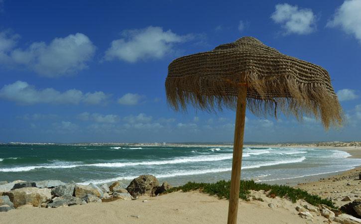 As deslumbrantes praias de Peniche PRAIA DO BALEAL CAMPISMO